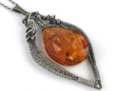 Wire wrapped silver jewelry and silver resin jewelry by Agnaart Fused Glass Jewelry, Amber Jewelry, Resin Jewelry, Wire Wrapped Jewelry, Jewelry Art, Silver Jewelry, Diy Jewellery, Gold Pendant Necklace, Gold Pendants