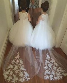 ==> [Free Shipping] Buy Best New Cheap Flower Girls Dresses For Weddings Lace Illusion White Jewel Neck Sweep Train Party Birthday Dress Pageant Gown Online with LOWEST Price | 32818498329