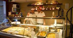 Mateo és Jacopo 2011 körül érkeztek Budapestre és megnyitották a 2Spaghit, ami nem csak az itt élő olaszoknak nyújt remek alternatívát ebédre és vacsorára. Az ízig-vérig...