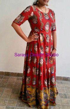 Kalamkari maxi dress with princess cut! Choli Dress, Frock Dress, Anarkali Dress, Lehenga Blouse, Anarkali Suits, Kalamkari Designs, Kurta Designs, Blouse Designs, Indian Long Frocks