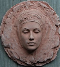 Newest Totally Free relief Sculpture Clay Style There are numerous different types of clay surfaces employed for bronze sculpture, most differing with regard Pottery Sculpture, Sculpture Clay, Bronze Sculpture, Sculpture Ideas, Wire Sculptures, Abstract Sculpture, Sculpture Portrait, Ceramic Sculpture Figurative, Keramik Design