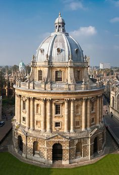 Bodleian Library, Oxford, UK - Great photo of this historic building often featured in British films.  The series 'Morse' and 'Inspector Lewis' were two murder mysteries that used Oxford as their backdrop and you would see this building frequently.