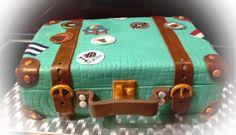 Reisetorte Travelcake Koffertorte Luggagecake Torte Cake Reise Travel Koffer Luggage Namibia Kuba Cuba Holland Netherlands How To Use Fondant, Luggage Cake, Farewell Cake, Travel Cake, Best Honeymoon Destinations, Torte Cake, Holland Netherlands, Modeling Chocolate, Cake Decorating