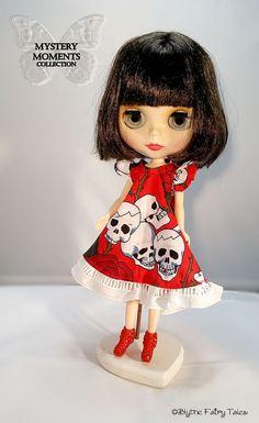 OOAK Blythe handmade DRESS  skulls and roses  by BlytheFairyTales
