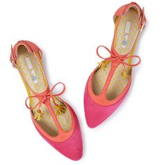Fabulous flats / CountryWives