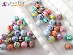 Polymer clay beads, funky colors, blue, green, yellow, brown, red, pink, flowers, flower pattern, clay, clay beads. on Etsy, £2.24