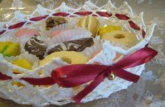 Lavoretti con l'uncinetto inamidato - Porta dolci all'uncinetto