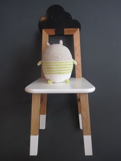 Osvaldo crocheted doll, Miga de Pan for STU (Smiling to Unlock) + Nido Chair (Krethaus)  www.smilingtounlock.com