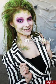 Halloween Makeup CLICK HERE---> http://www.youtube.com/watch?v=MwGu1no7zD4&list=TLwu7YfgPJDYbGiElg7XXc7_s0pH3wyX6W