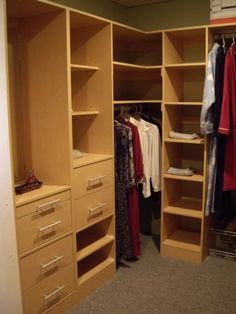 Built In Robes, Walk In Robe, Wardrobe Storage, Bedroom Ideas, Master Bedroom, House Ideas, Home And Garden, Google, Image