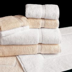 Welcome to iTowels: Buying Resort Pool Towels Online - Wholesale Towel. Hotel Towels, Linen Towels, Cotton Towels, Hotel Collection Towels, Hotel Pillows, Hotel Sheets, Tub Mat, Luxury Towels, Athens