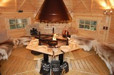 Barbecue in Finland: Stoomcabine. Bar B Que Pits, Bbq Hut, Open Fireplace, Cafe Shop, Lodges, Cottage Style, Home Projects, Barbecue, Outdoor Living