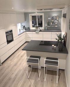 56 modern luxury kitchen design ideas that will inspire you 5 Kitchen Room Design, Luxury Kitchen Design, Kitchen Cabinet Design, Home Decor Kitchen, Kitchen Layout, Interior Design Kitchen, Kitchen Furniture, Home Kitchens, Modern Kitchens