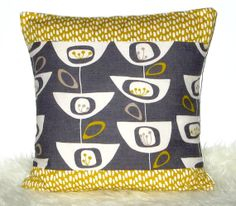 Items similar to SALE 30% OFF    Seed Head Yellow Dashes Decorative  Designer Cotton Cushion Cover 43x43 (17 inch)   48x48 cm (19 inch) on Etsy 20abe91e714