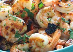 Πικάντικες γαρίδες με σκόρδο και καυτερές πιπεριές