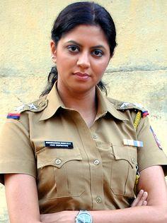 Fire caught the sets of SAB TV's comedy show FIR! - http://www.bolegaindia.com/gossips/Fire_caught_the_sets_of_SAB_TVs_comedy_show_FIR-gid-37251-gc-16.html