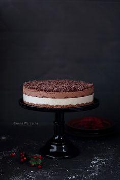 Tort czekoladowo-chałwowy z pierniczkami