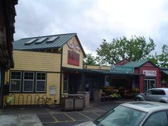 Humble Bagel Company, Eugene, Oregon--I'm glad to see it's still there