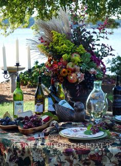 Grape Expectations and Celebrating the Grape tablescape #wine #fall