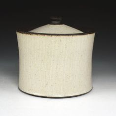 Ernest Gentry  #ceramics #pottery Pottery Wheel, Pottery Bowls, Ceramic Pottery, Modern Ceramics, Contemporary Ceramics, Clay Center, Red Lodge, Ceramic Design, Tea Bowls