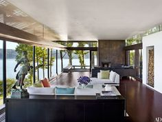 Tour a Modern House with Hudson River Views Near Rhinebeck, New York