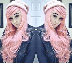 Pink pastel hair >> http://amykinz97.tumblr.com/ >> www.troubleddthoughts.tumblr.com/ >> https://instagram.com/amykinz97/ >> http://super-duper-cutie.tumblr.com/