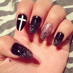 Stiletto Nails (: