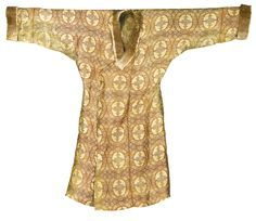 Silk lampas robe, central asia 11th/12th century
