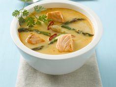 Lachs-Currysuppe mit Spargel   Zeit: 30 Min.   http://eatsmarter.de/rezepte/lachs-currysuppe-mit-spargel