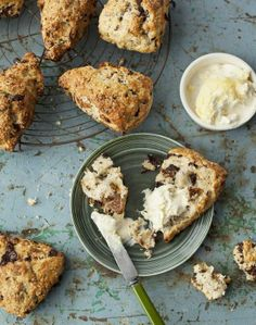 Chocolate and fig scones