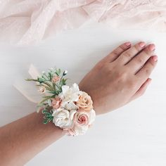 Excited to share this item from my shop: Prach Flower wrist corsage, peach white Bridal bracel Prom Corsage And Boutonniere, Bridesmaid Corsage, Corsage Wedding, Bridesmaid Bracelet, Bridesmaid Flowers, Wedding Bouquets, Corsages, Prom Flower Bracelet, Bridal Bracelet