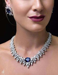 Glamorous luxurious interior jewellery design