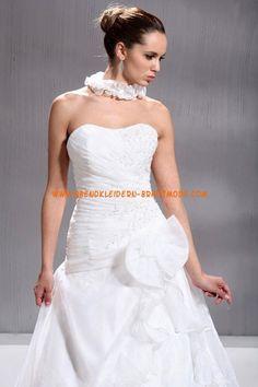 A-linie Glamouröse Dramatische Brautkleider aus Organza mit Blumen