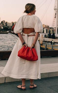 Petite Fashion Tips .Petite Fashion Tips Look Fashion, Daily Fashion, Fashion Outfits, Womens Fashion, Fashion Design, Fashion Tips, Dog Outfits, Petite Fashion, French Fashion