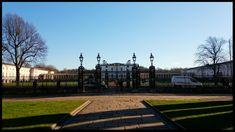 University Of Greenwich, Sidewalk, Side Walkway, Walkway, Walkways, Pavement