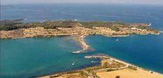 Πόρτο χέλι : Γνωρίστε το «Μονακό της Ελλάδας». Η κοσμοπολίτικη «γωνιά» στην Πελοπόννησο που δεν έχει να ζηλέψει τίποτα από τη γαλλική Ριβιέρα - sfika Greece Travel, Water, Outdoor, Water Water, Aqua, Outdoors, Greece Destinations, Outdoor Games, Outdoor Living