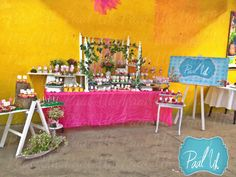 Paal Uh. Mesa de Postres : Snack's : dulces : botanas : candy bar : Sweet : wedding : Shower : dessert table : decor : celebración : party : vintage : hadas : fairy :
