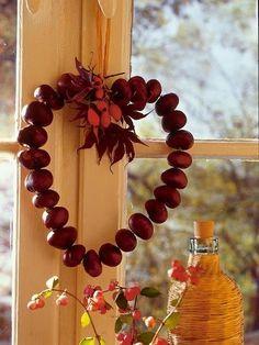 A gesztenyéből rengeteg szuper őszi dekor készíthető. Ráadásul nemcsak mutatós…