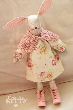 http://www.countrykittyland.com/2015/01/miss-maggie-rabbit.html