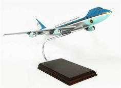 "VC-25 - 747 ""Air Force One"" - Premium Wood Designs #Jet #Military #Aircraft premiumwooddesigns.com"