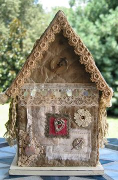 Gorgeous fabric birdhouse created by my friend @Kathy McElroy
