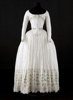 Caraco and petticoat, 1790-1800