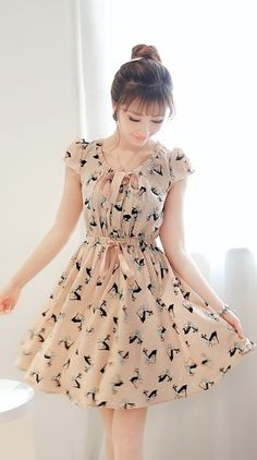 Love this dress! I have one with the same pattern, not the same shape/cut though...