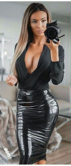 Sexy Rock, Leder Outfits, All Jeans, Elegantes Outfit, Latex Dress, Leather Dresses, Look At You, Feminine Style, Sexy Outfits