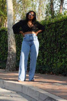 wide leg 90's inspired Zara jeans and polka dot crop top Zara Jeans, Work Wear, Winter Outfits, Wide Leg, Mom Jeans, Polka Dots, Outfit Ideas, Legs, Crop Tops