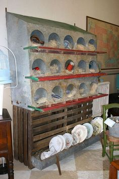 Nesting Boxes Ideas in a Kitchen that is Easy to Clean Every Day - mix. Chicken Feeder Decor, Chicken Roost, Chicken Feeders, Design Your Home, House Design, Chicken Nesting Boxes, Chicken Boxes, Pool Table Dining Table, Coq