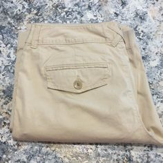Banana republic dress pants My Closet Rules: No Holds or Trades Same Day or Next Day Shipping All Items are in Gently Used Condition Unless Stated Otherwise Banana Republic Pants
