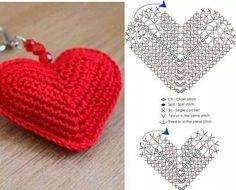 Corazon llavero amigurumi crochet