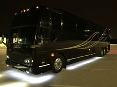 Fun Travel, Motor Homes, Busses, Travel Trailers, Campers, Rv, Tours, Luxury, Vehicles