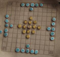Hnefatafl.Tafl game. Viking board game. by Vlodarius on Etsy
